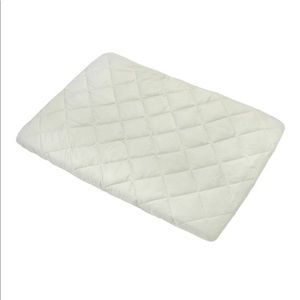 Carter's Quilted Plush Velboa Portacrib Sheet